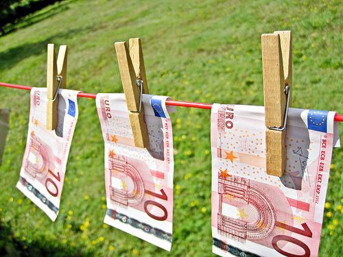 money laudering (flickr images_of_money)
