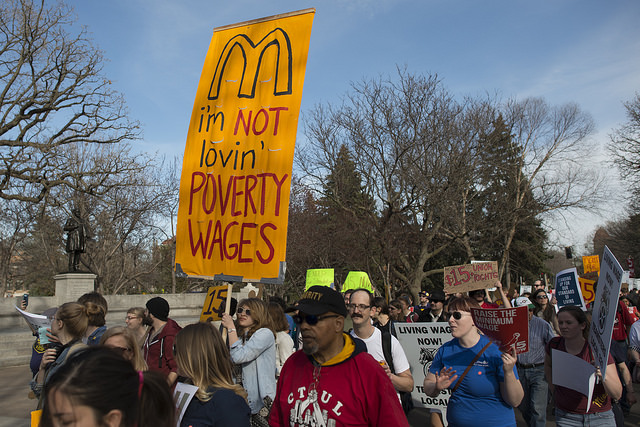 protest minimum wage (flickr fibonacciblue